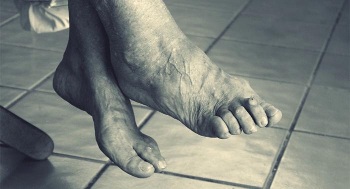 La importancia del cuidado de los pies de los mayores